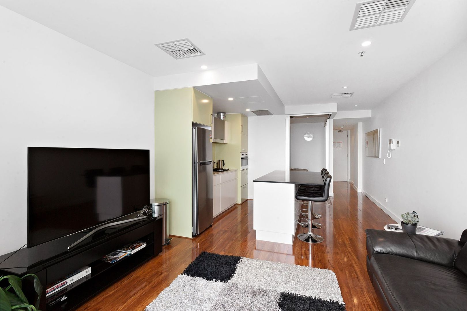1104/25 Colley Terrace, Glenelg SA 5045, Image 2