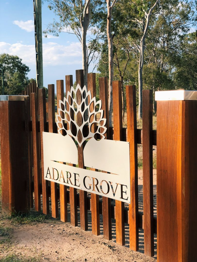 Maragon Court, Lake Clarendon, QLD 4343, Image 0