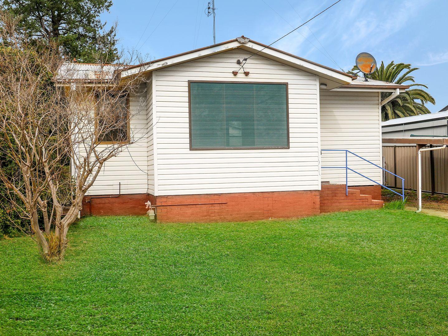 20 Larmer Street, Narrandera NSW 2700, Image 0