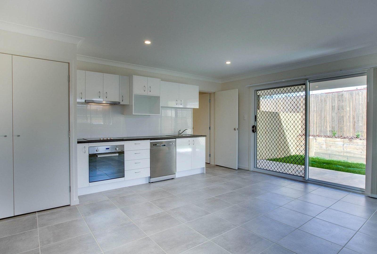 2/310A Preston Road, Wynnum West QLD 4178, Image 1