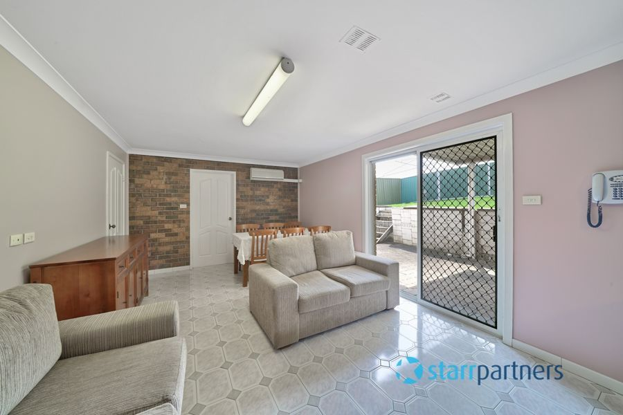 27 Brechin Road, St Andrews NSW 2566, Image 2