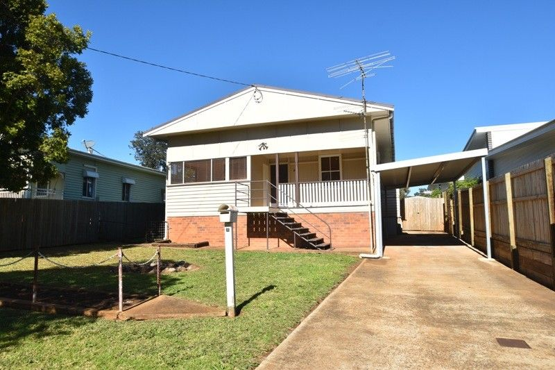 26 Swallow CRT, Newtown QLD 4350, Image 0