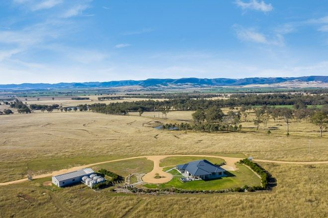 Picture of 90 Cobons Road, LOCH LOMOND QLD 4370