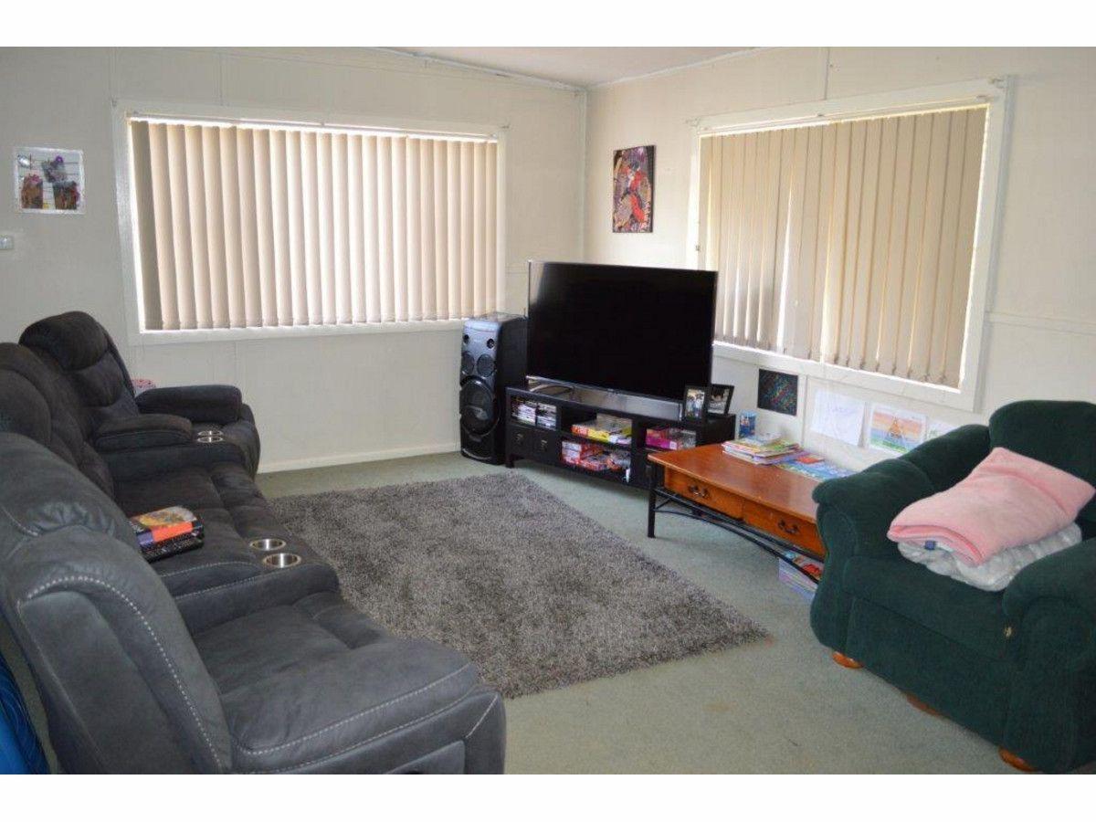 93 View Street, Gunnedah NSW 2380, Image 2