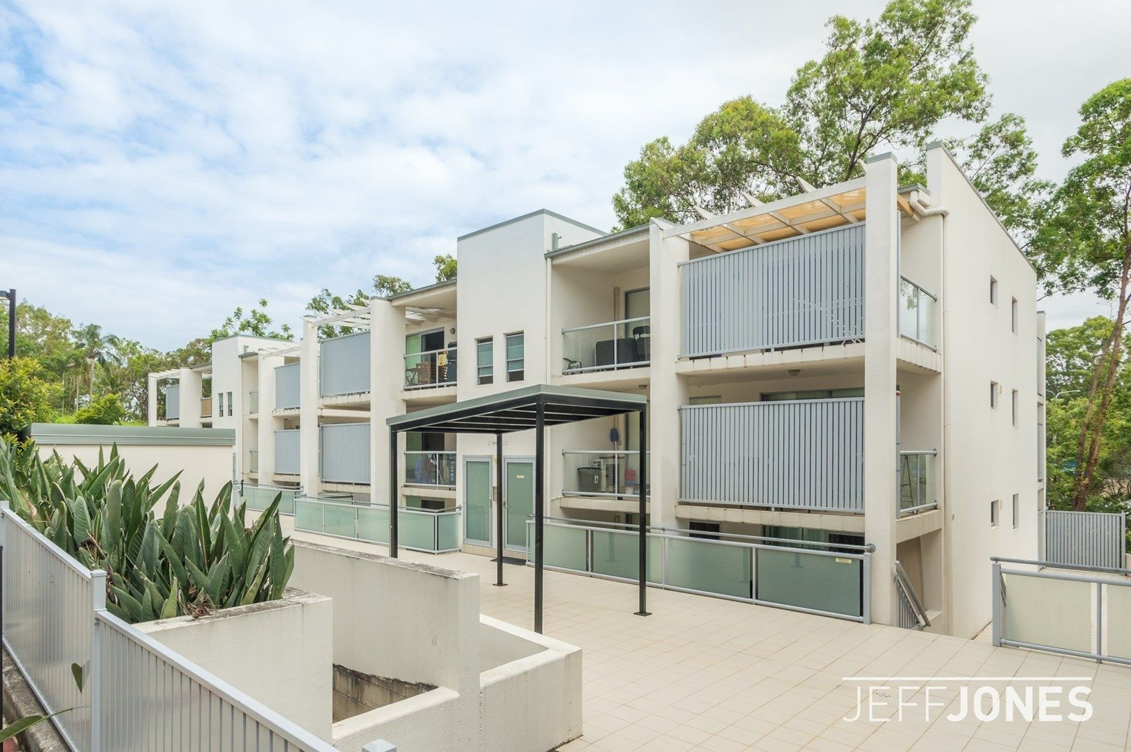 31/108 Nicholson Street, Greenslopes QLD 4120, Image 0
