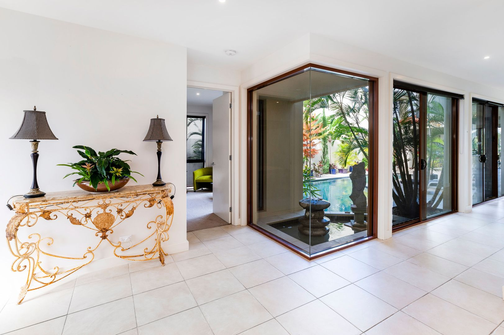 8033 Key Waters, Sanctuary Cove QLD 4212, Image 2