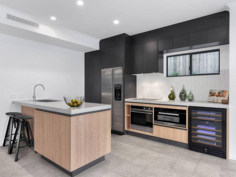 98-100 Monmouth Street, Morningside QLD 4170, Image 1