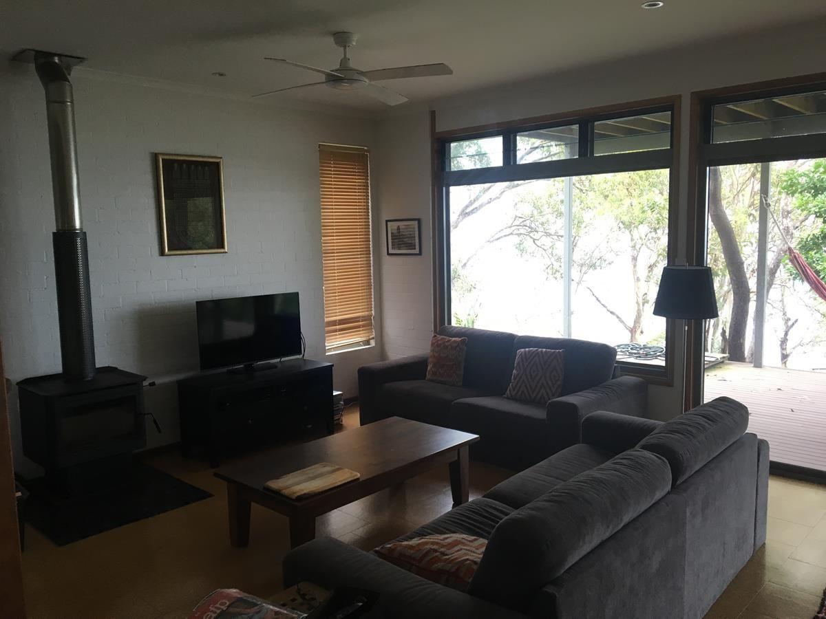 129 Lakes Boulevarde, Yamba NSW 2464, Image 2