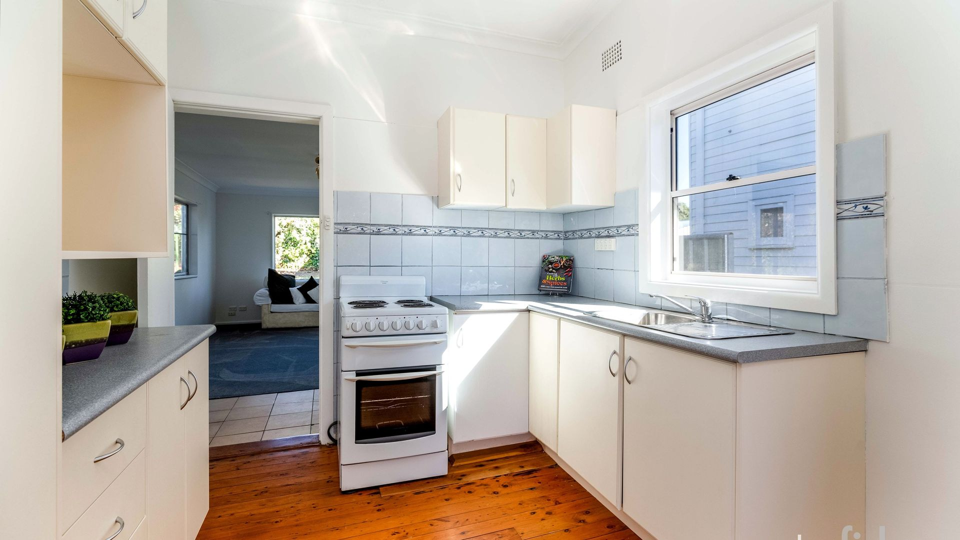 11 Molong Road, Orange NSW 2800, Image 2