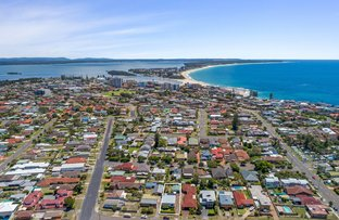Picture of 8 Karooah Avenue, Blue Bay NSW 2261