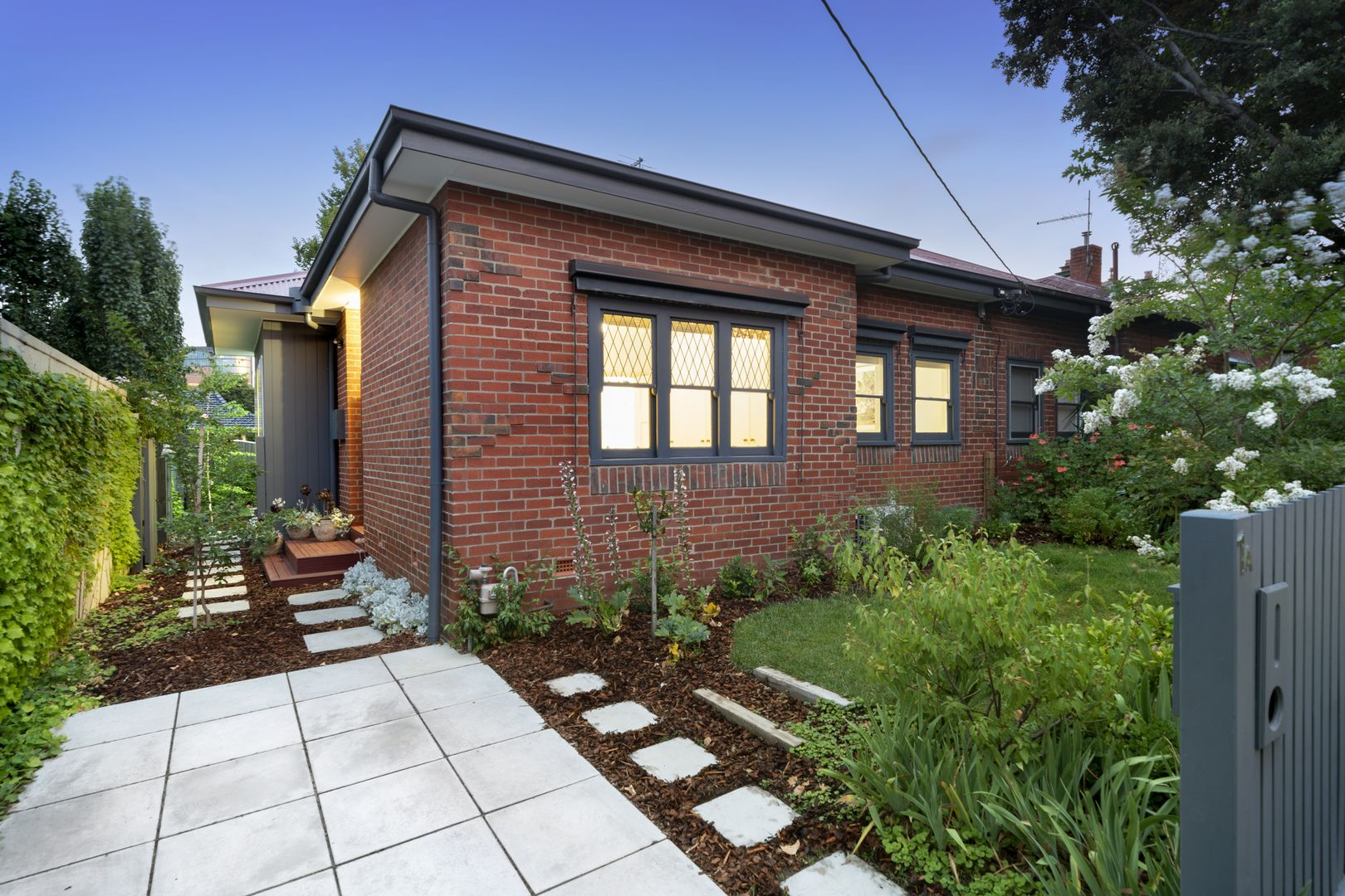 1A Hastings Road, Hawthorn East VIC 3123, Image 1