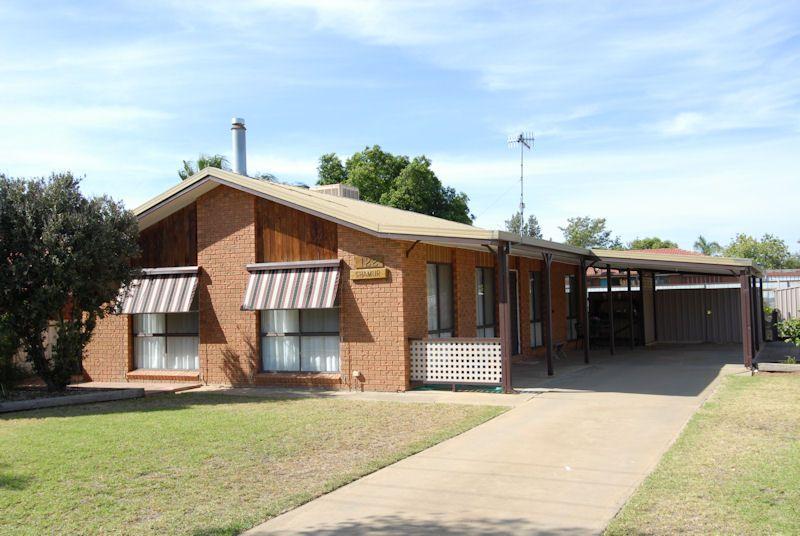 122 WYATT STREET, Deniliquin NSW 2710, Image 0