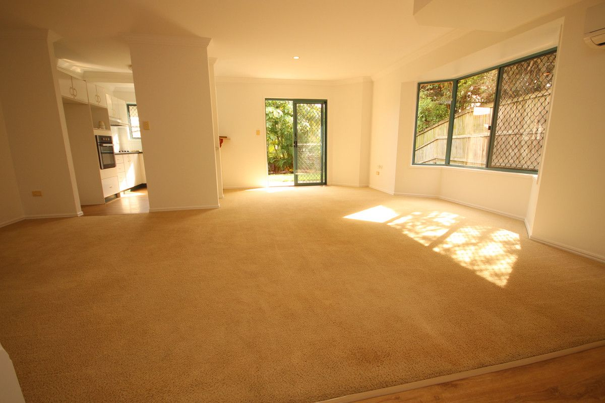 2/20 Thurston Street, Belmont QLD 4153, Image 2