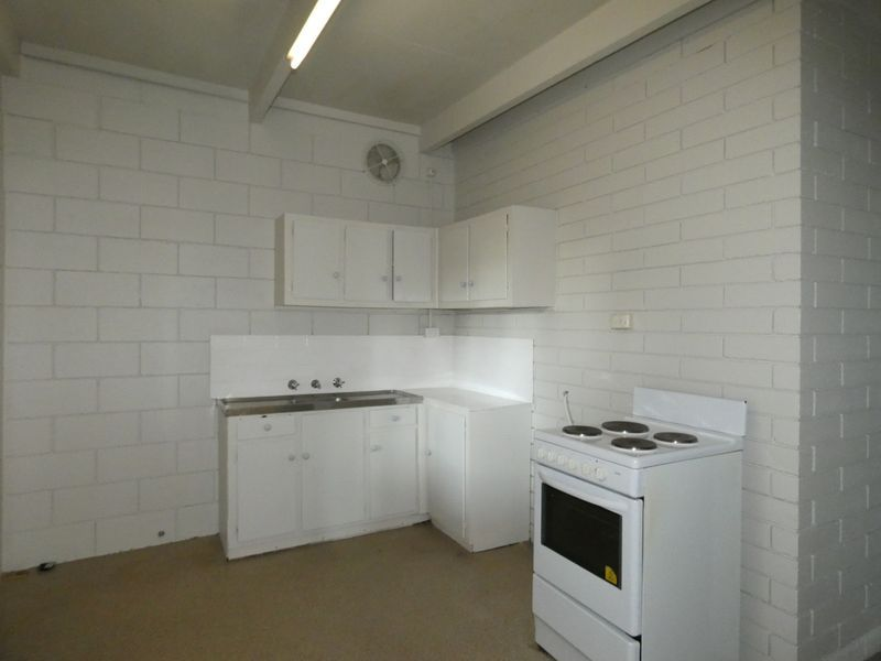 2/539 Abercorn Street, South Albury NSW 2640, Image 2