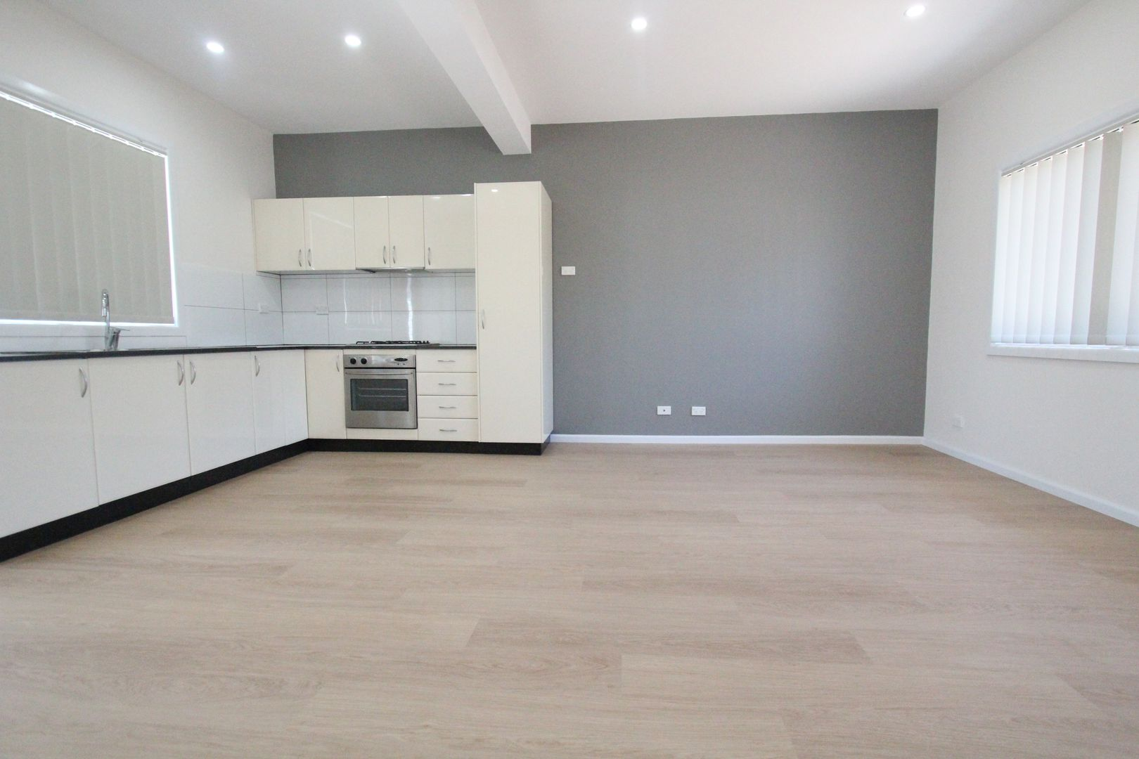 39 Woodlands Road, Liverpool NSW 2170, Image 2