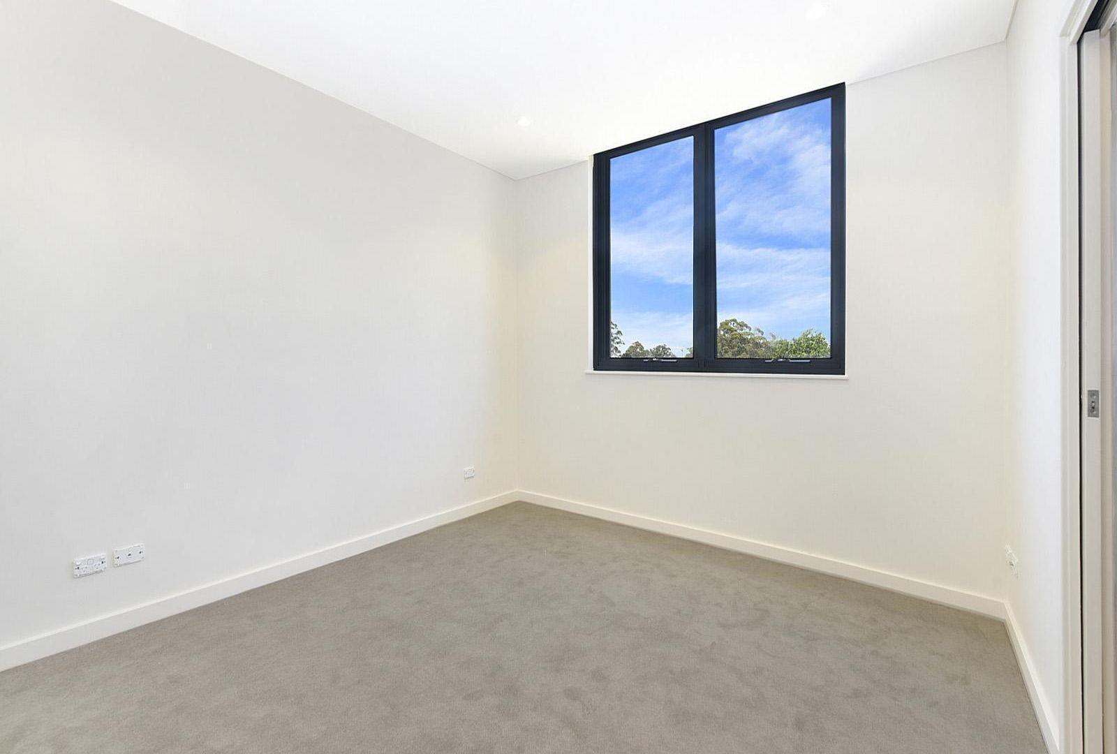 A305/2 Livingstone Avenue, Pymble NSW 2073, Image 2