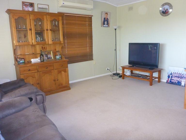299 Playford Road, Waikerie SA 5330, Image 2