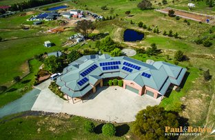 Picture of 11 Spur Place, Royalla NSW 2620