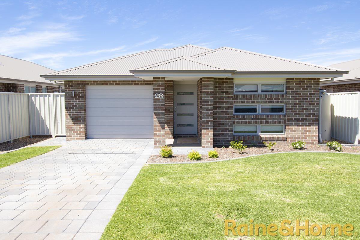 28 Ebor Way, Dubbo NSW 2830, Image 0