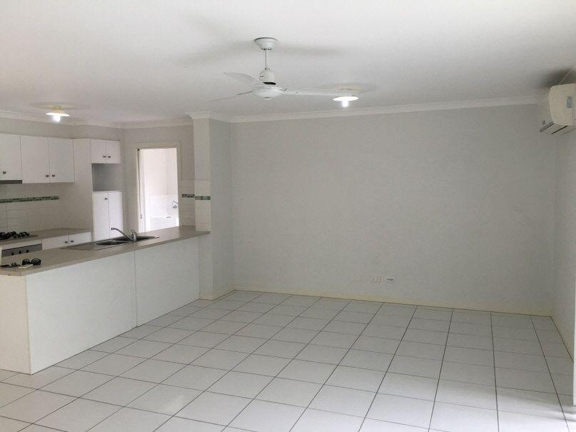44 Seashell Avenue, Coomera QLD 4209, Image 2