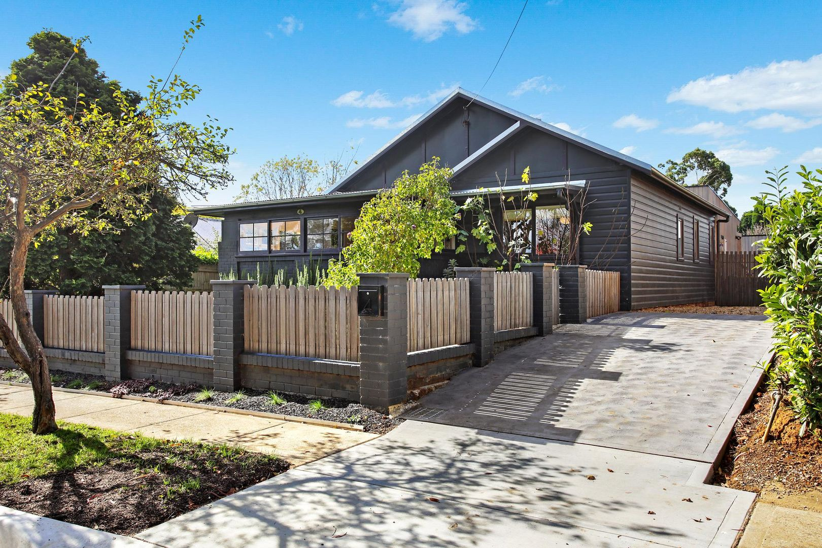 4 Loseby Street, Bowral NSW 2576, Image 0