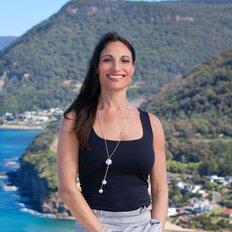 Emilia A'Bell, Licensed Real Estate Agent
