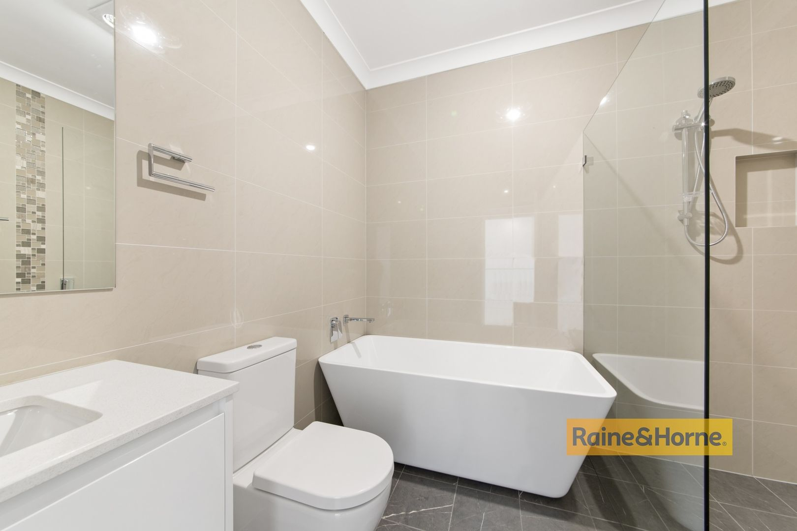 20 Eastern Road, Booker Bay NSW 2257, Image 1