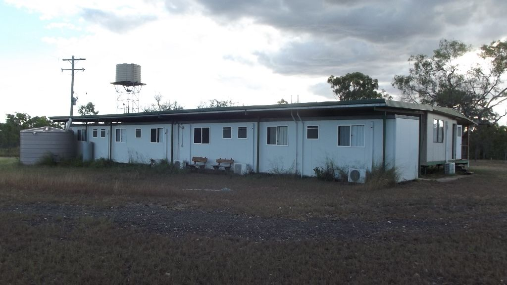 63 Burgess Road, Nebo QLD 4742, Image 2