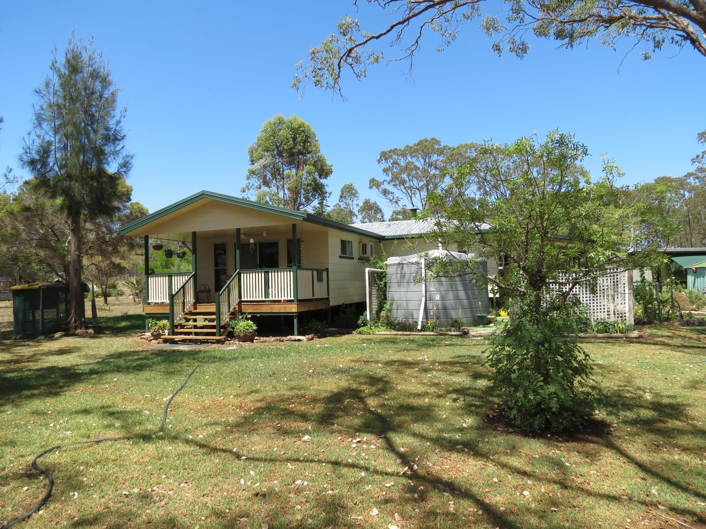 106 Maryvale Street St, Hendon QLD 4362, Image 2