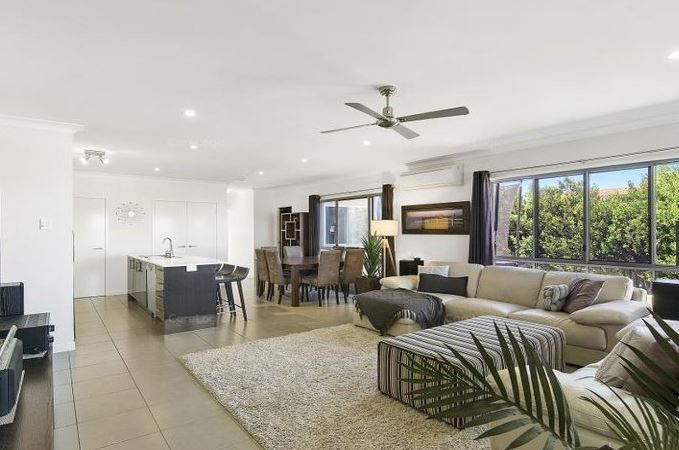 7 Hobby Court, Mango Hill QLD 4509, Image 2