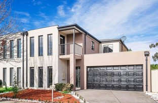Picture of 8 Inverness Court, Cairnlea VIC 3023