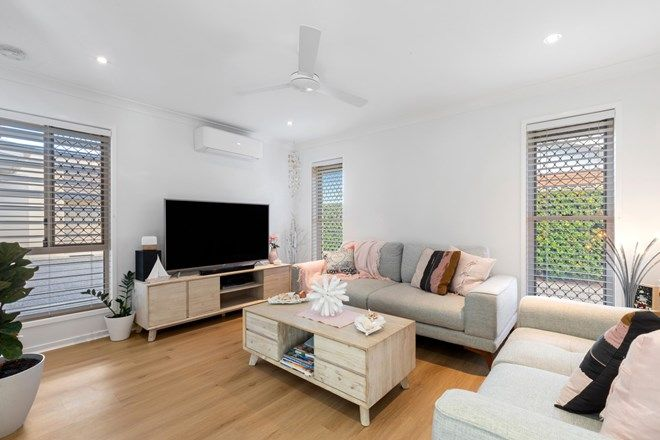 Picture of 1/15 Second Avenue, CALOUNDRA QLD 4551