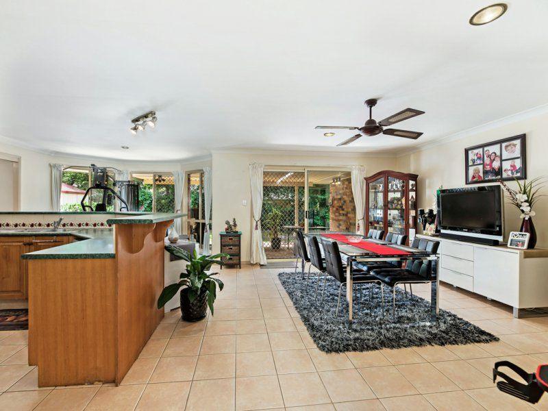 25 Flinders Crescent, Forest Lake QLD 4078, Image 1