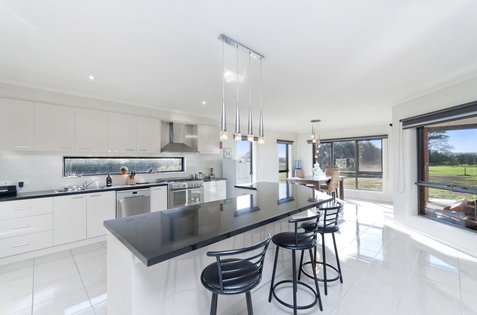 44 Cilmery Crescent, Woodford VIC 3281, Image 1