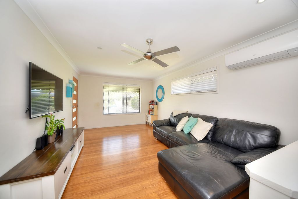 1/5 Russell Court, Miami QLD 4220, Image 2