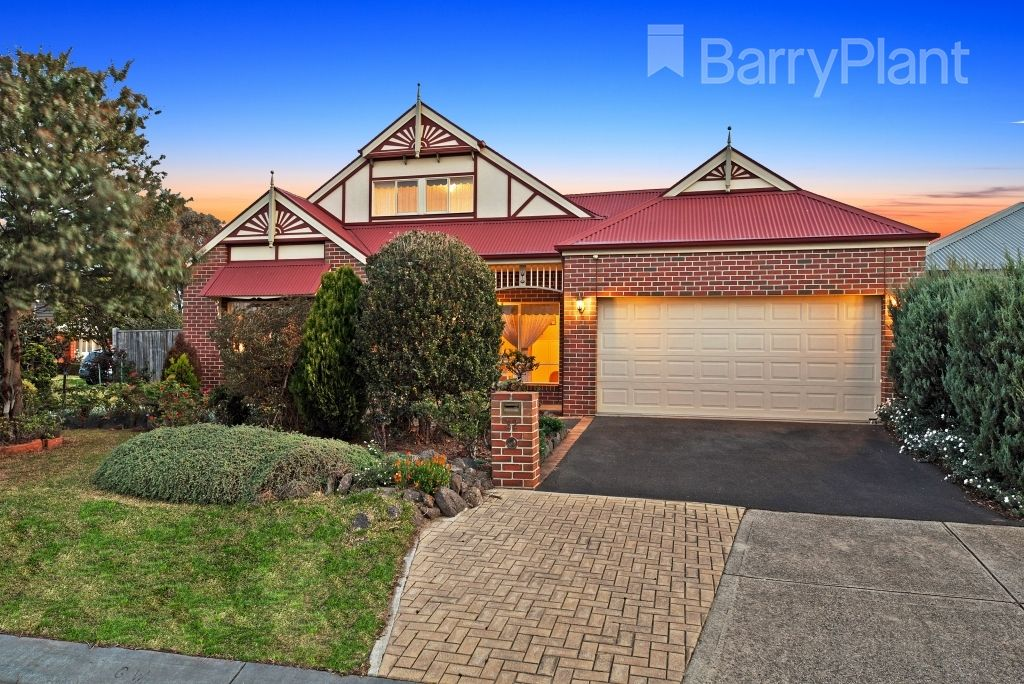 32 Aviemore Way, Point Cook VIC 3030, Image 1