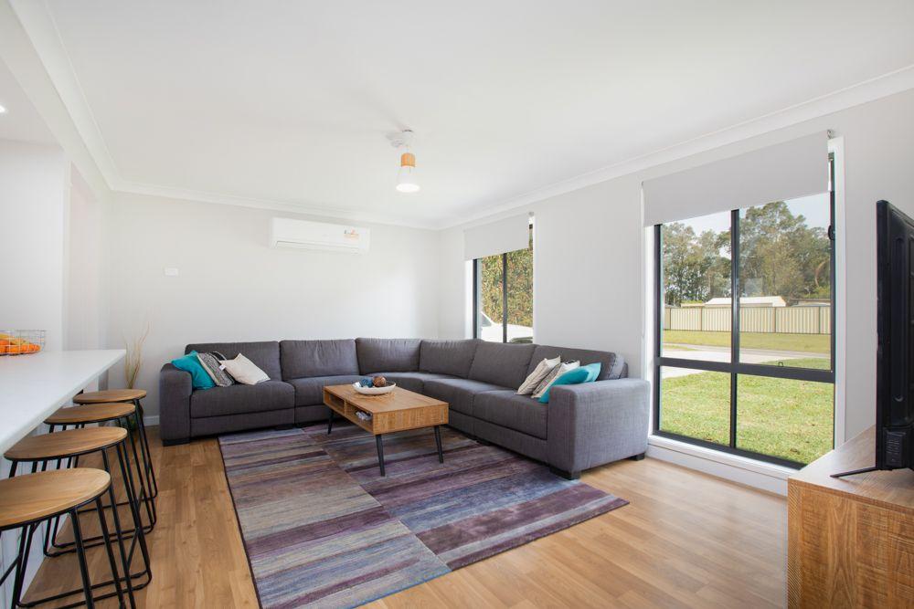 53 Taylor Avenue, Thornton NSW 2322, Image 2