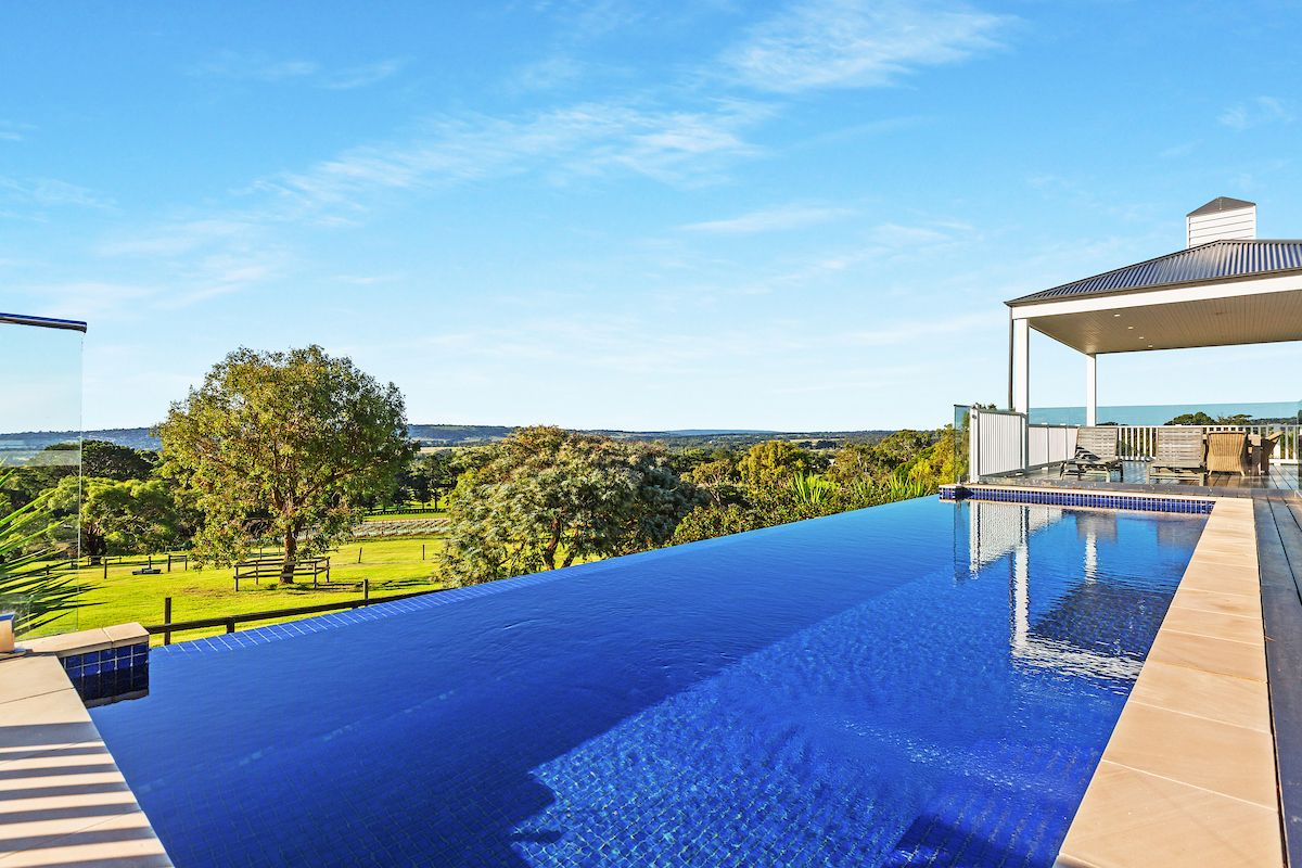 South Hampton 155 Harrisons Road, Red Hill VIC 3937, Image 2