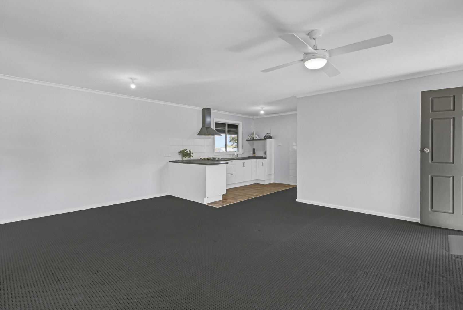 44 Pauline Street, Paringa SA 5340, Image 2