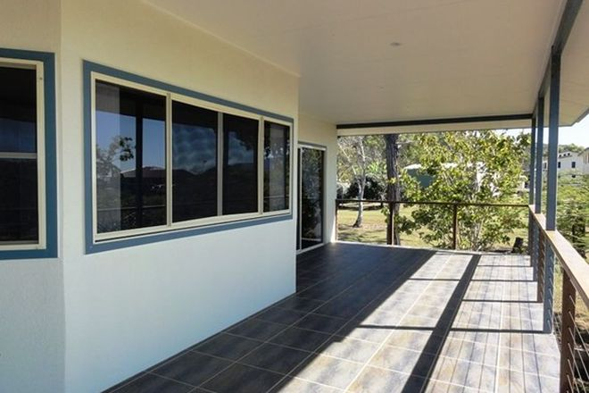 Picture of 72 Blackcurrent Drive, HIDEAWAY BAY QLD 4800