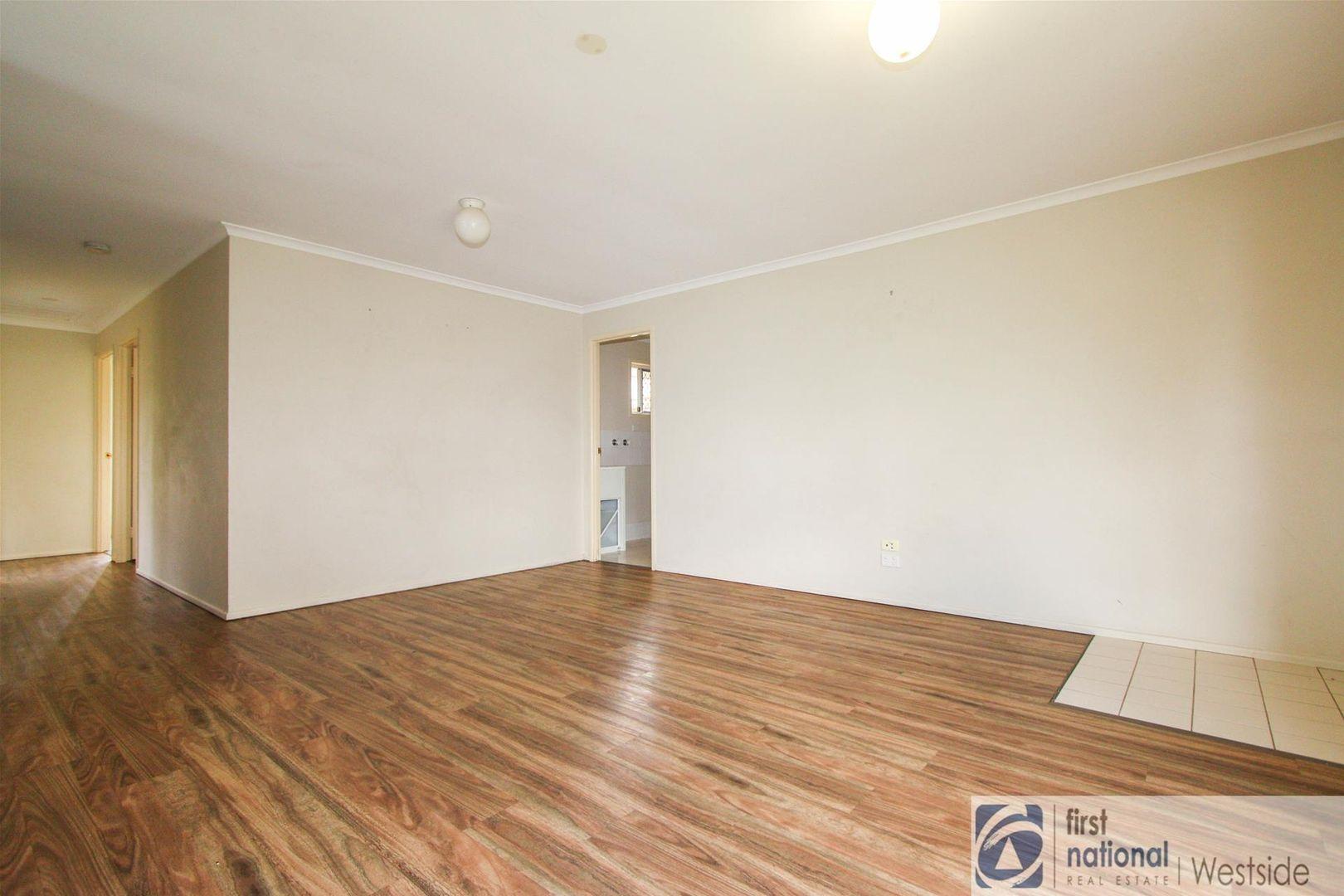 1/12 Mooney Close, Goodna QLD 4300, Image 1