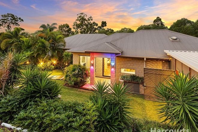 Picture of 6 Hugh Place, CASHMERE QLD 4500