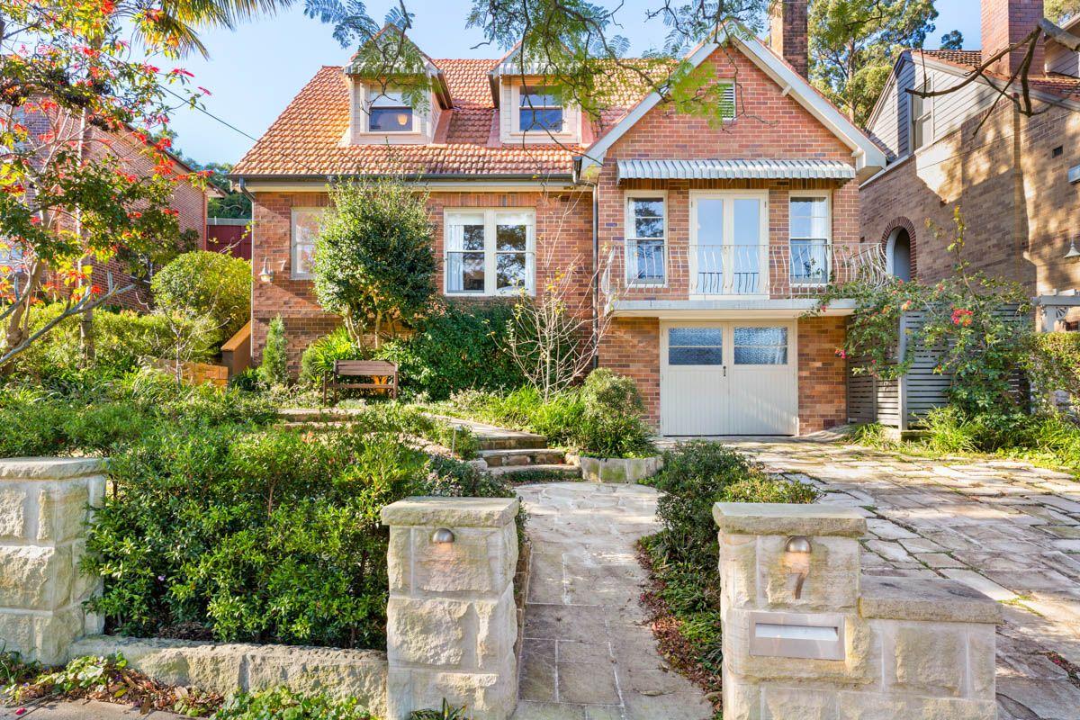 7 Ontario Avenue, Roseville NSW 2069, Image 0