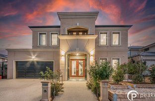 Picture of 3 Watermint Way, Clyde North VIC 3978