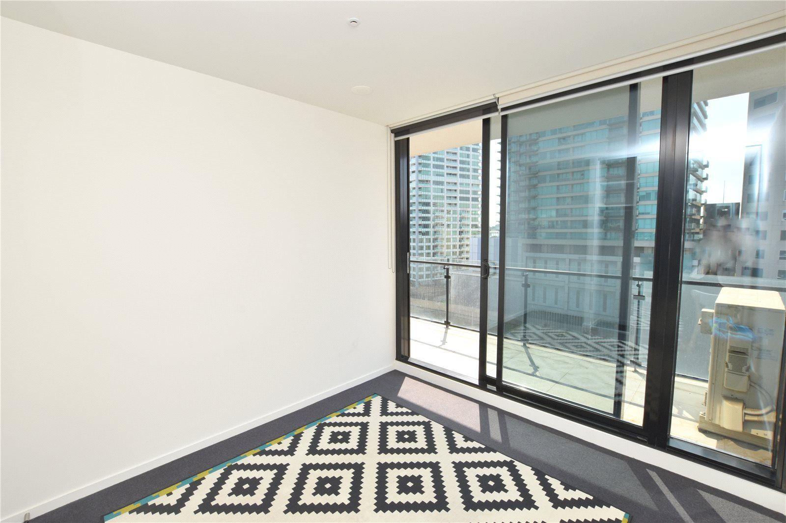 1205/52 Park Street, South Melbourne VIC 3205, Image 2