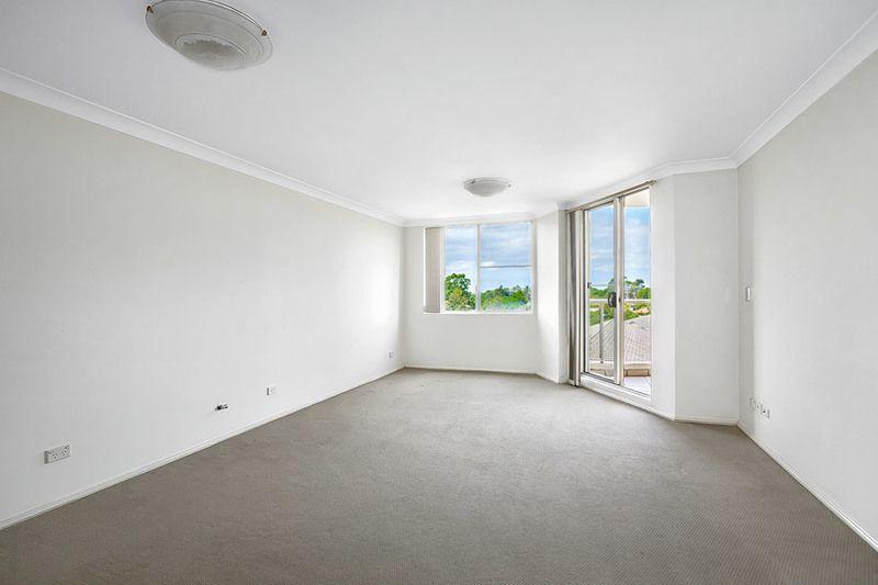 602/10 Wentworth Drive, Liberty Grove NSW 2138, Image 1