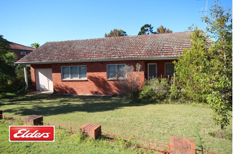 6 Crescent Avenue, Taree NSW 2430, Image 0