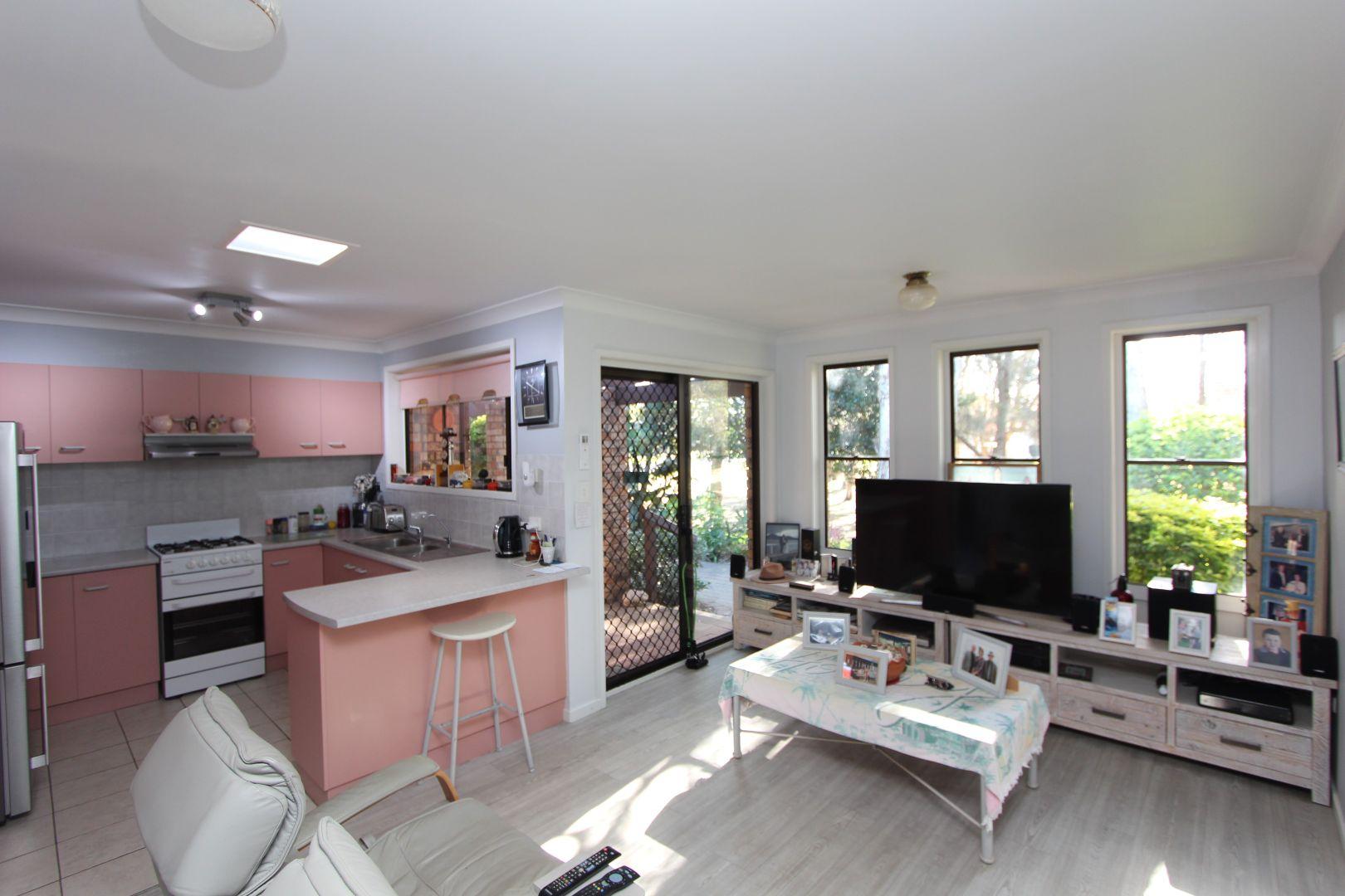 2/18 Edith Street, North Haven NSW 2443, Image 1