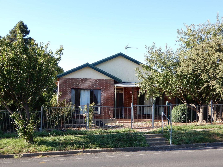 2 Scotia Avenue, Oberon NSW 2787, Image 0
