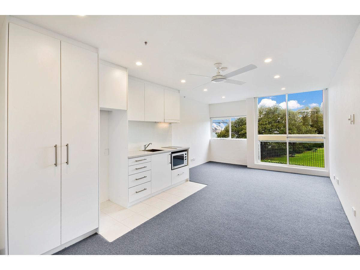 10/14 Blues Point Road, Mcmahons Point NSW 2060, Image 1